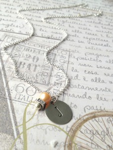 j necklace with pearl 2